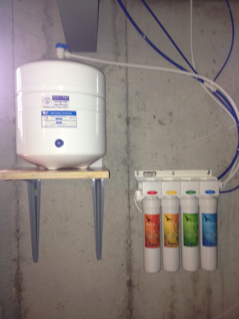 Quick connect cartidges for easy homeowner replacement makes this Reverse Osmosis  Drinking system a great buy @ $469.00