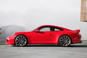 Carrera 4 Coupe - Red _2_ Dream Big