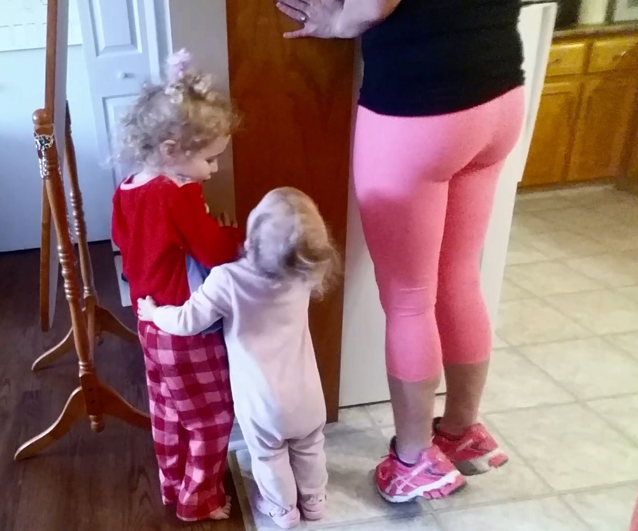 teach-to-exercise-parenting-success-tips-doing-calves