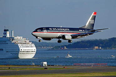 US_Airways_737_small