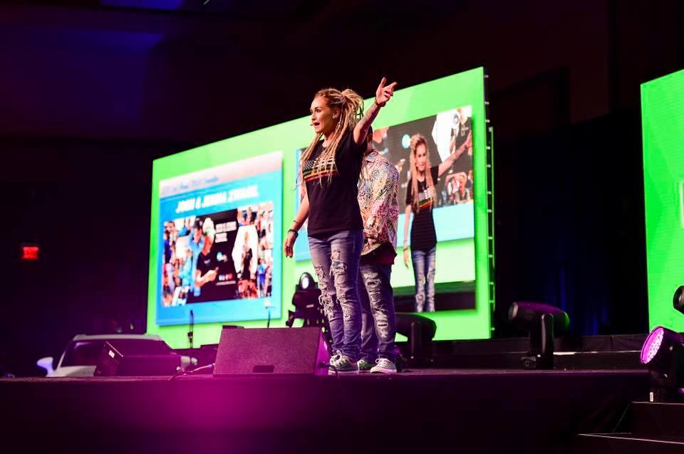 Jenna Zwagil Broke to $10,000 Day MLM Training Hempworx Stage