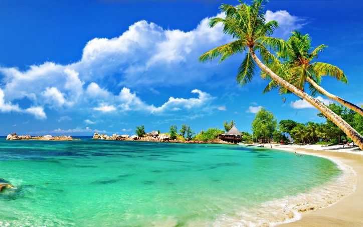 beautiful_beach_wallpaper_high_resolution-724x453