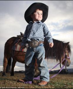 little_boy_pony
