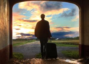 man w luggage pexels-photo-171053