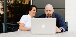 BEST NETWORK BLOGS BY COUPLES